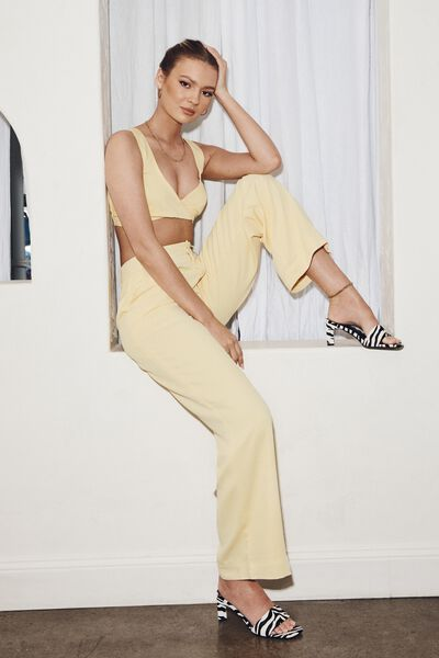 Britney Mid Rise Tailored Pant, CRISP YELLOW