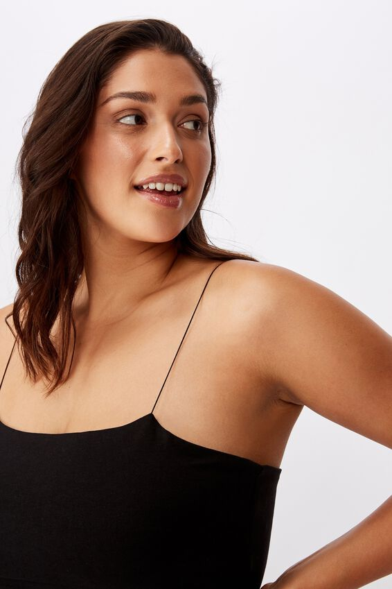 Sara Thin Strap Crop, BLACK