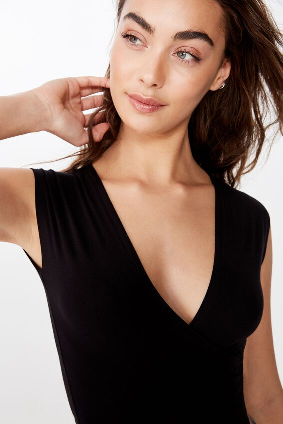 Kiana Tie Front Top, BLACK