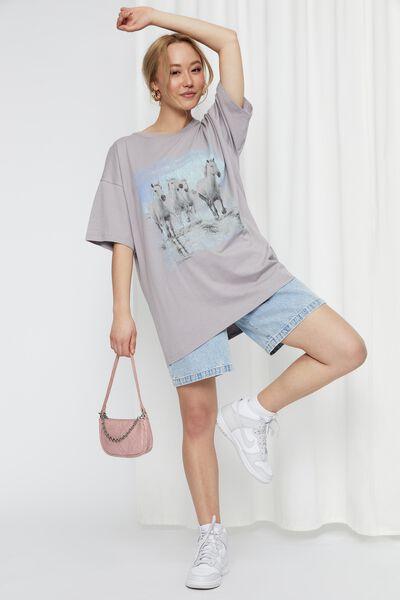 Camryn Oversized Printed T Shirt, DAWN GREY/HORSES