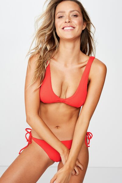 Hamilton Plunge Knot Front Top, SCARLET RED RIB