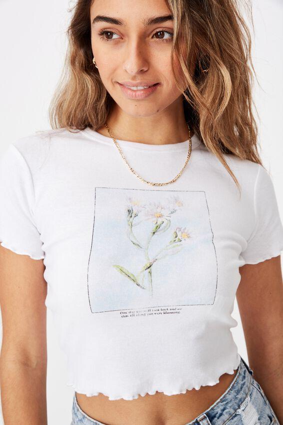 Daisy Lettuce Hem Tee, WHITE/DAISY PORTRAIT