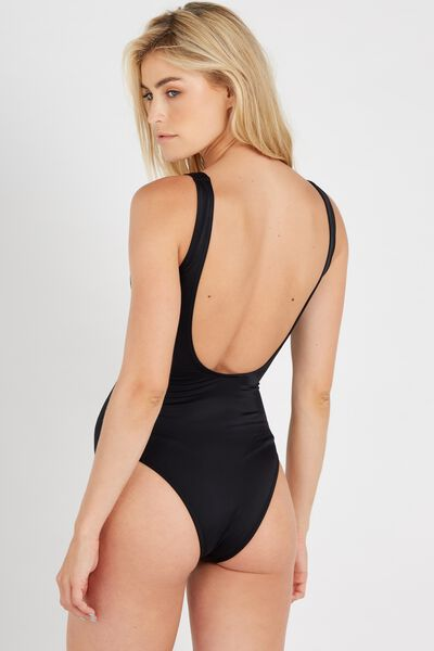 Scoop One Piece, BLACK