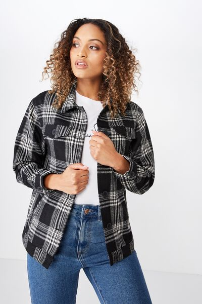 The Shacket, BLACK AND WHITE CHECK
