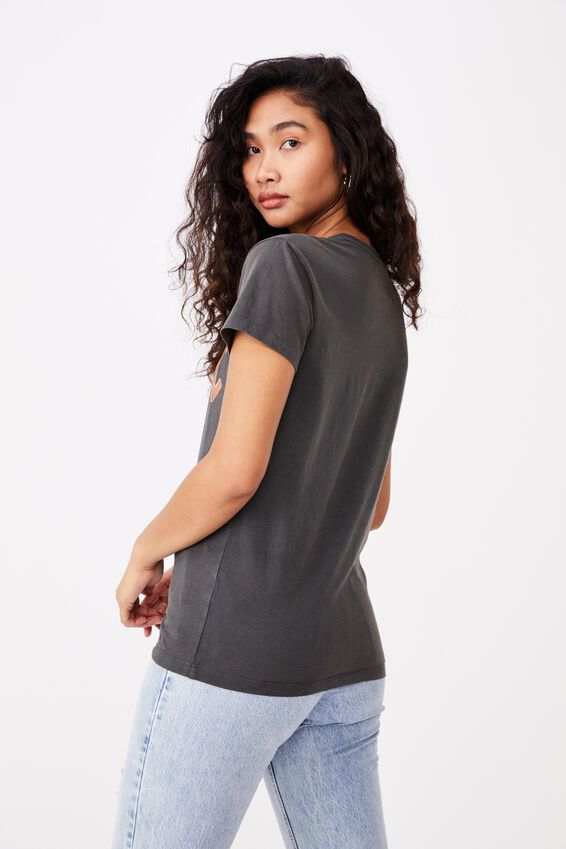Kendall Printed T Shirt, VINTAGE WASH PHANTOM/ LCN PER ACDC METALLIC LOGO