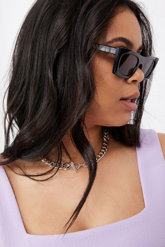 Annika Rectangle Sunglasses, BLACK