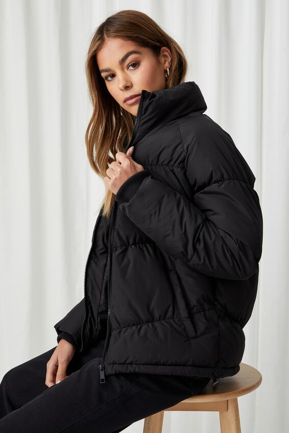 The Classic Feel-Good Puffer Jacket, BLACK