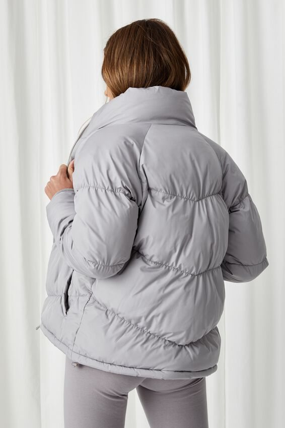 The Classic Feel-Good Puffer Jacket, PEARL GREY